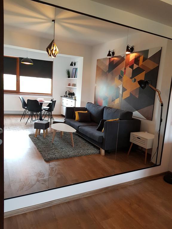 Kolonaki Domus Apartment 3 Iaşi