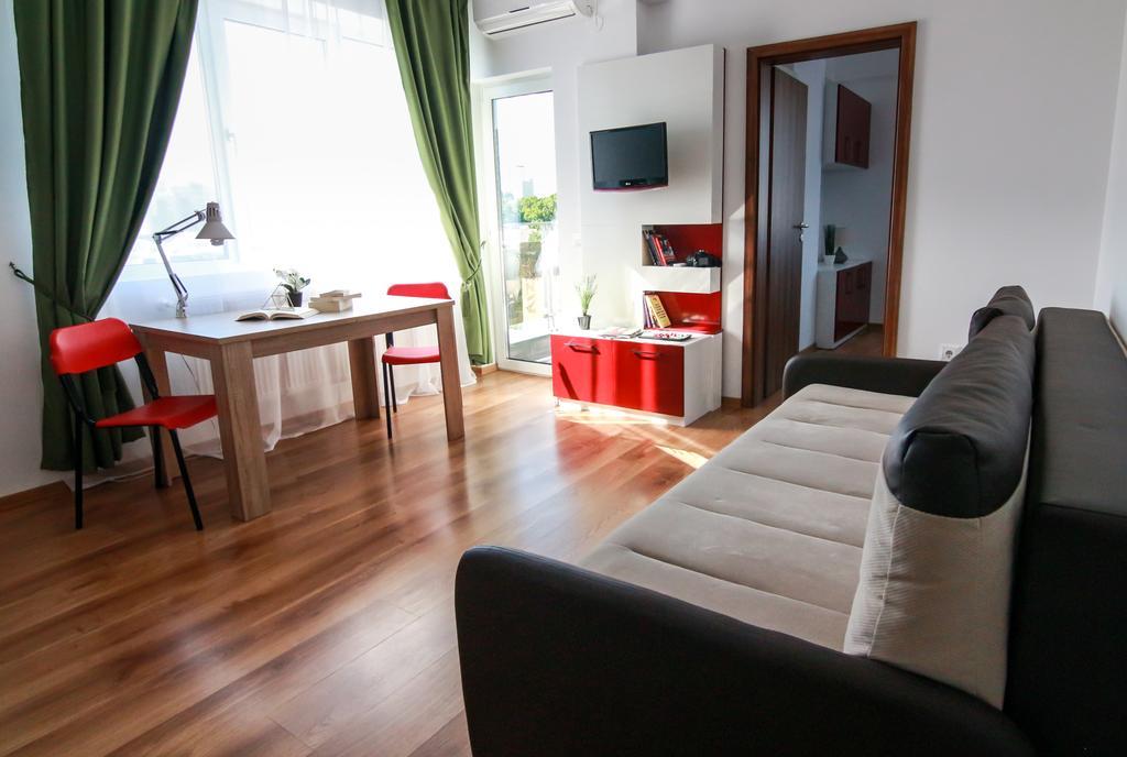 Rotara Apartments - Balcony Iaşi